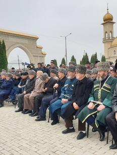 Память жертв осетино-ингушского конфликта почтили в Ингушетии