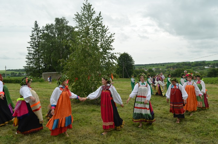 Праздник Троицы в Курской области