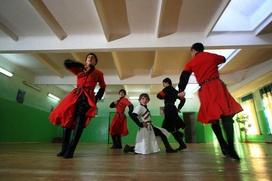 Турки-месхетинцы в Чечне пожаловались на давно необновлявшийся гардероб