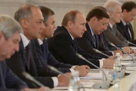 Путин: Этническая и религиозная нетерпимость становятся лозунгом для сил, стремящихся к власти