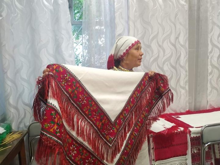 Делегация из двух республик посетила марийцев в Крыму