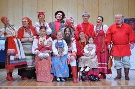 Директора саратовской филармонии уволят из-за голодовки ансамбля народной музыки