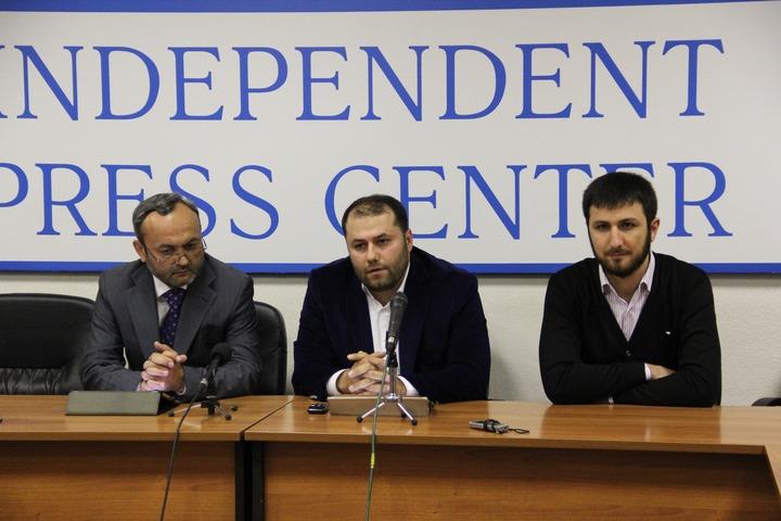 Организаторы митинга против ксенофобии на Манежной площади предложили заключить общественный договор