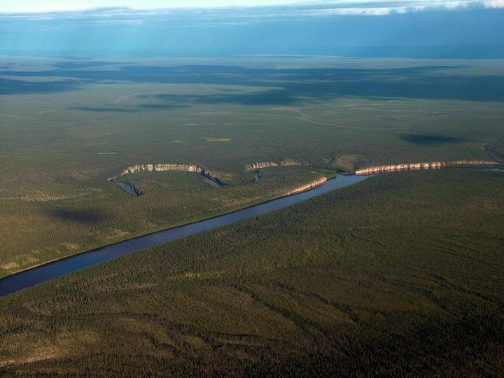 Жители эвенкийского района Якутии запретили добычу алмазов у реки
