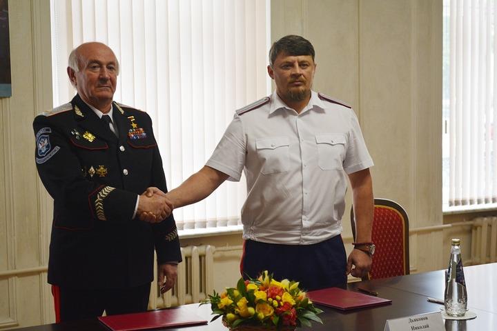 Атаманы реестровой и общественной казачьих организаций договорились сотрудничать