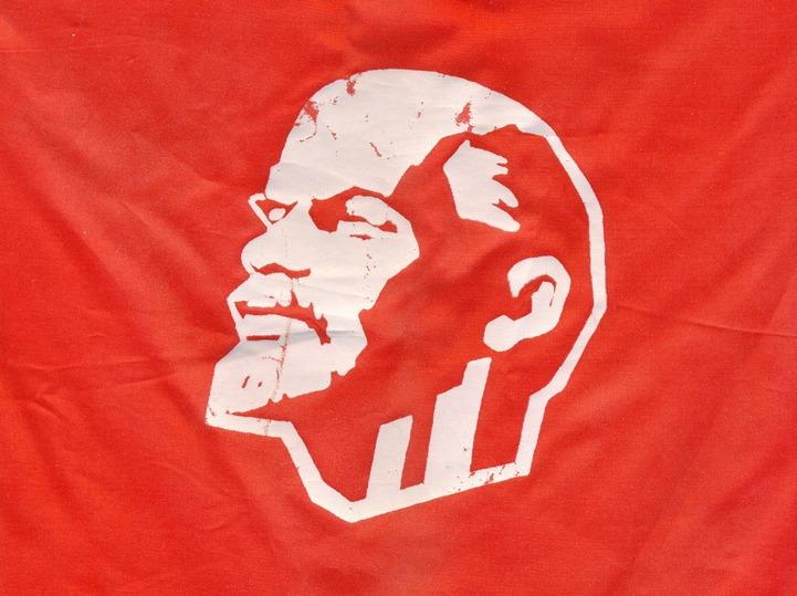 """Волгоградские казаки хотят """"замочить Ленина"""" с помощью Путина"""