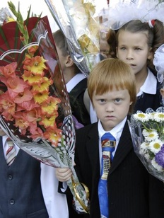 В Госдуме предложили сдвинуть учебный год на месяц из-за национальных и климатических особенностей