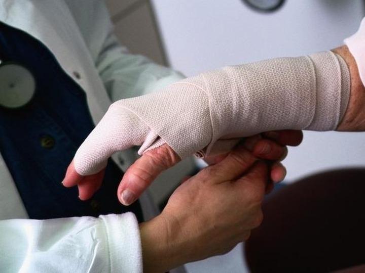 Мосгордума обяжет работодателей оплачивать лечение травмированных на производстве нелегалов