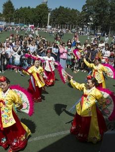 На фестивале корейской культуры в Хабаровске учили готовить кимчи и разбивали дощечки