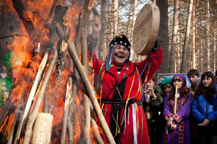 """В Новокузнецке шорцы отметили """"Медвежий праздник"""""""
