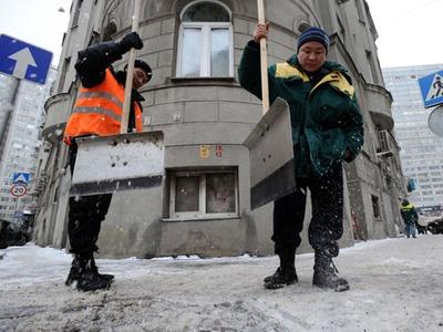 Собянин: Работу мигрантов в Москве должны выполнять россияне