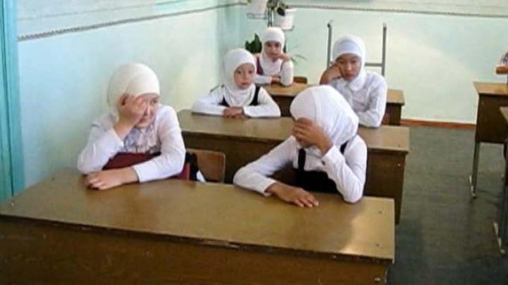 Мордовский муфтий пожаловался в прокуратуру на запрет хиджабов в школе