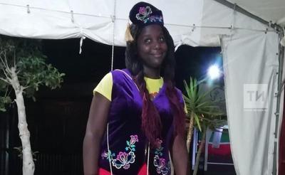 Бельгийка выиграла татарский национальный костюм на Сабантуе в Испании