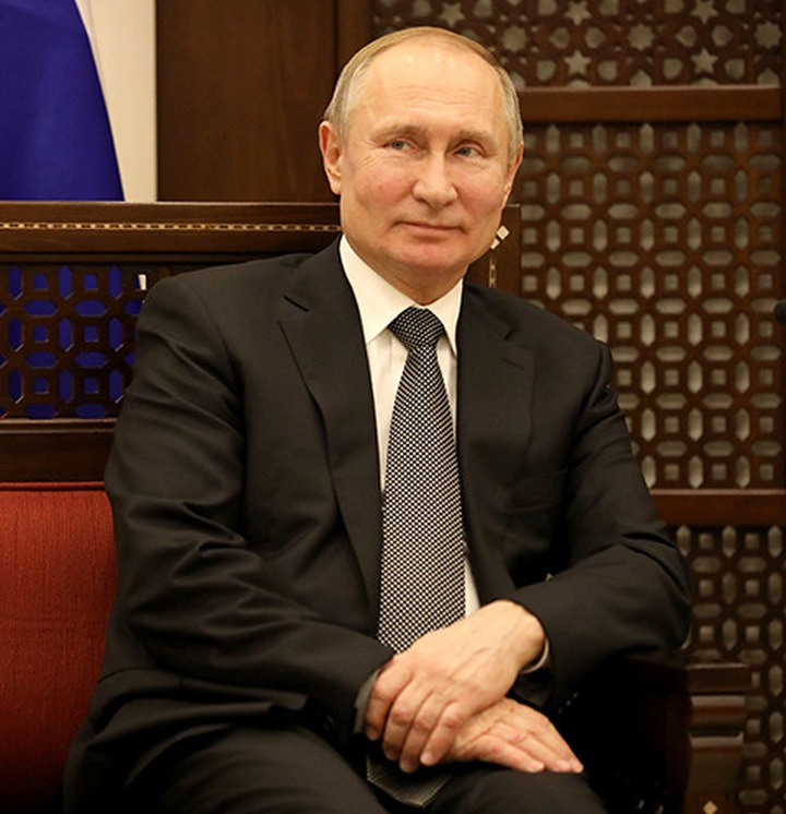 Владимир Путин объявил о переносе голосования по поправкам в Конституцию и нерабочей неделе с 28 марта