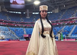 Национальный костюм Алсу на открытии Кубка конфедераций вызвал споры в интернете