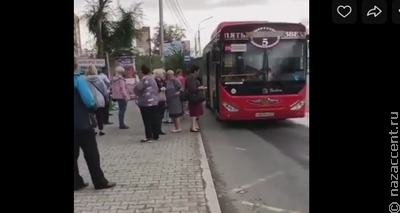 В Хабаровске высадивший пассажиров ради намаза водитель извинился
