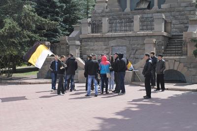 Челябинские националисты провели митинг против строительства мечети и медресе
