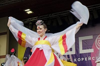 """Фестиваль корейской культуры """"Чусок"""" в Москве"""