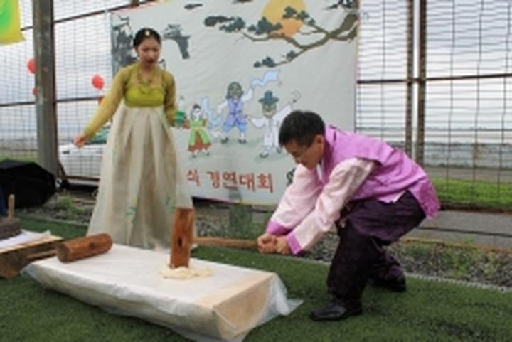Соплеменники из Северной и Южной Кореи встретились в Хабаровске