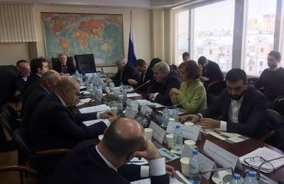 О возможной потере этногеографического суверенитета заявили на заседании в Москве