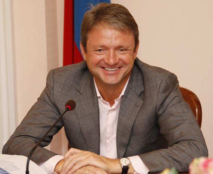 Эксперт: На курсы по гармонизации межнациональных отношений Ткачев должен идти одним из первых