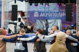 Москвичей научат танцевать сиртаки на осеннем фестивале греческой культуры