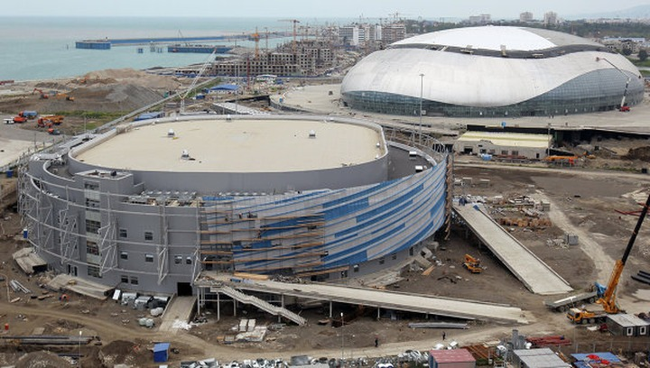 Суд дал реальные сроки за использование труда нелегальных мигрантов на олимпийской стройке в Сочи