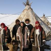 Владимир Путин призвал не забывать про коренные народы при освоении Арктики
