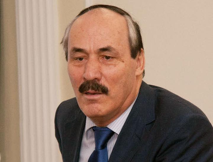 Абдулатипов: Нужна миротворческая комиссия по переселению чеченцев, лакцев и аварцев