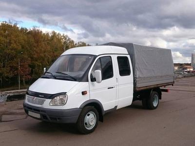 Транспортная компания предложила москвичам доплачивать за водителей-славян