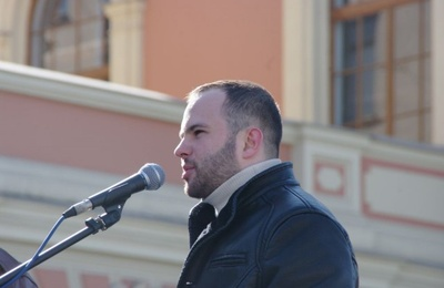 Петербургскому националисту на три года запретили въезд на Украину