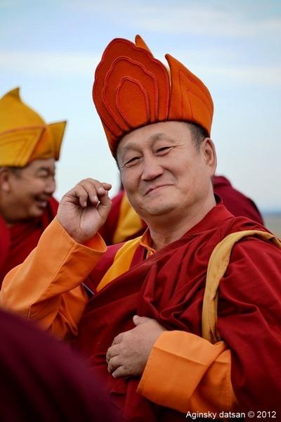Глава российских буддистов опасается за братство бурят и якутов