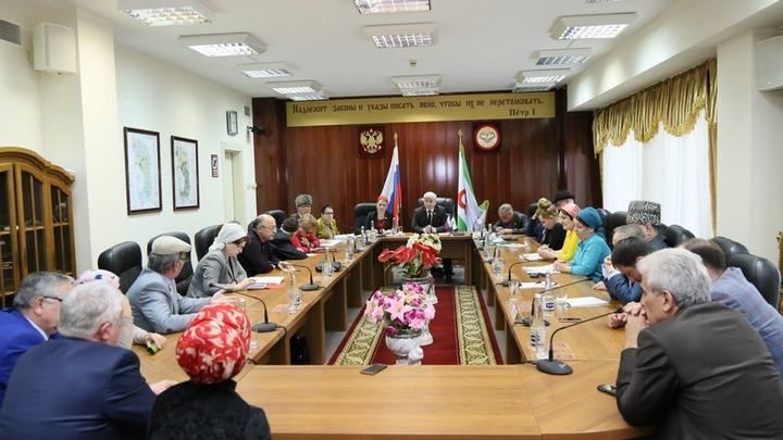 Парламент Ингушетии впервые провел заседание на ингушском языке
