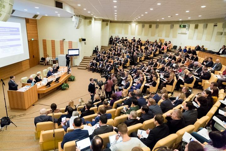 Парламентские слушания о языковом многообразии пройдут в октябре