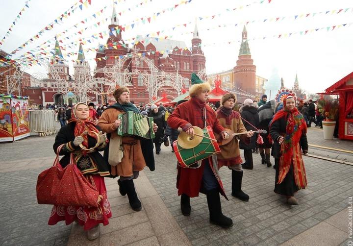 Масленичная неделя началась в России