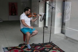 """Уфимский скрипач устроил """"музыкальную голодовку"""" ради башкирского фольклора"""