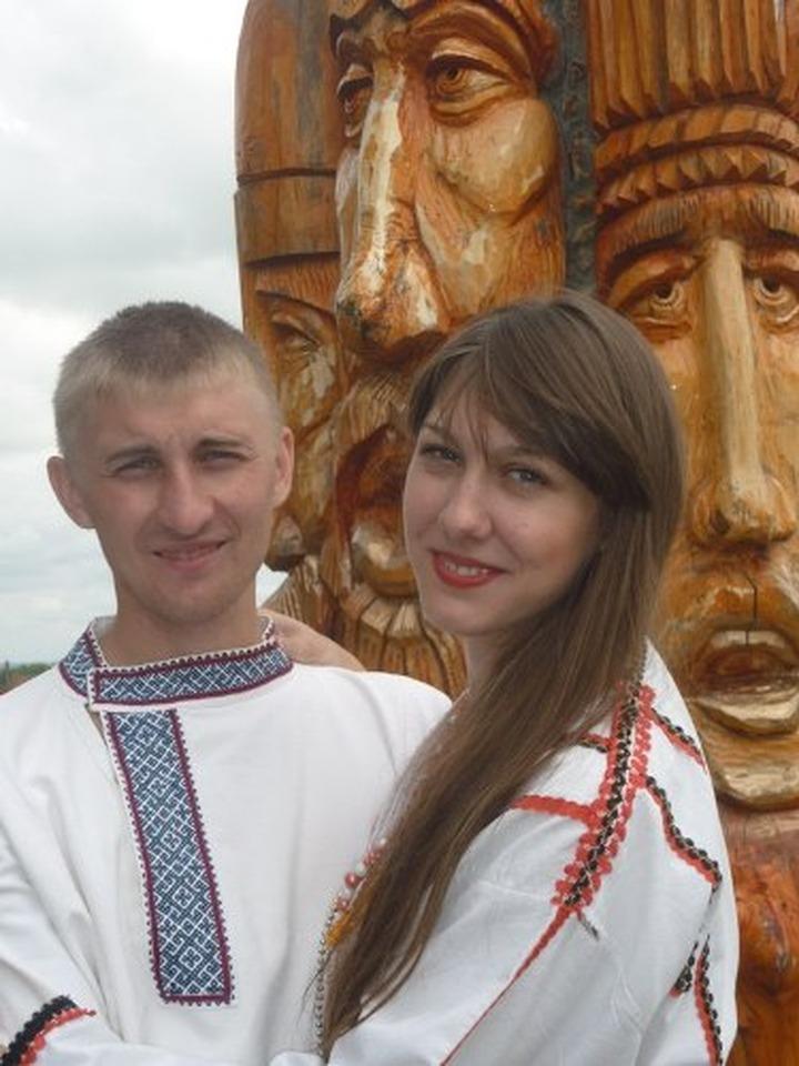 "На фестивале ""Эрзянь лисьмапря"" показали древний эрзянский обряд венчания"