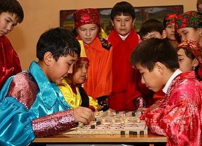 """Соревнования в хакасских шашках """"тобит"""" пройдут на фестивале национального спорта в Абакане"""