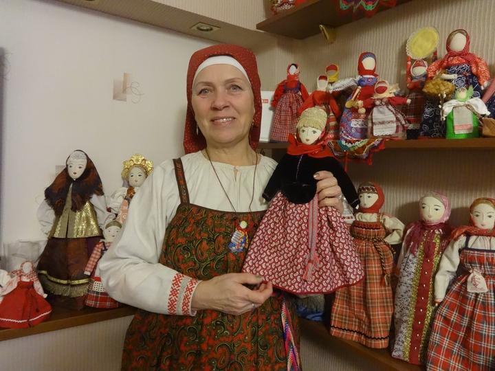 В гостях у мастера народной куклы