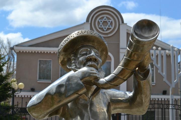 """Спектакль """"Еврейские песни о главном"""" покажут на фестивале еврейской культуры в ЕАО"""