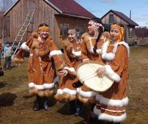 Чукчи, ительмены, эвены и русские отметили с коряками праздник Аюангыт