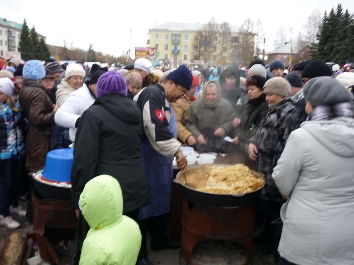 Чебаркульцев накормили всем Уралом
