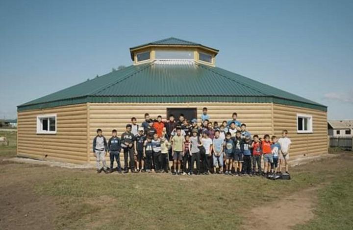 Первую борцовскую спортивную юрту открыли в Иркутской области