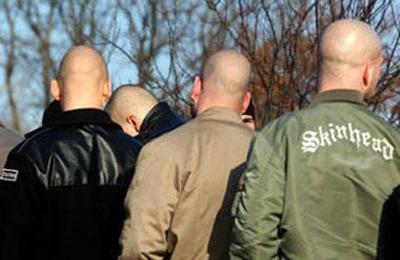 В Кирове неонацисты ранили ножом дагестанского подростка