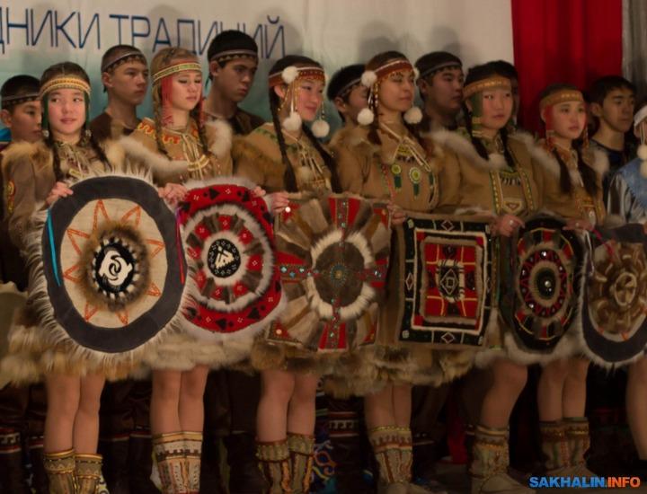"""В Южно-Сахалинске завершился фестиваль """"Наследники традиций"""""""