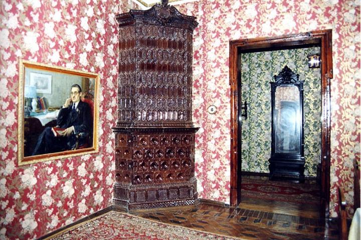 Квартира татарского писателя превратится в Дом-музей татарской книги