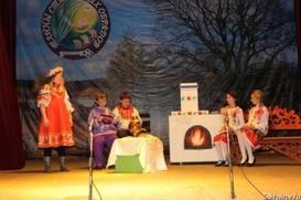 Южно-Сахалинских школьников познакомили с ведьмой и домовым