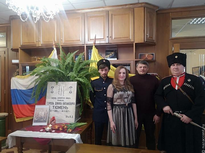 Переданную из Болгарии надгробную плиту калмыцкого князя Тюменя доставят в Элисту