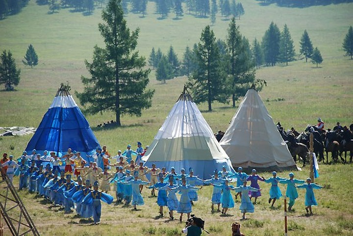 Горный Алтай соберет горловиков и сказителей