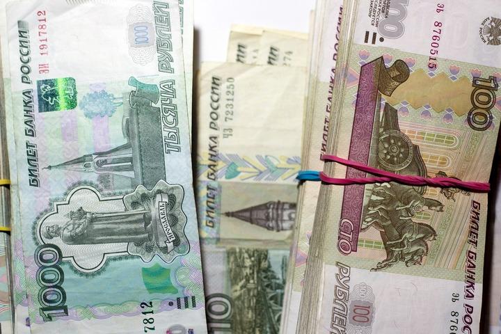 В Хакасии первоклассники получат деньги за знание родного языка